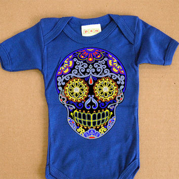 Blue Trendy Skull baby Romper. Day of the Dead Bodysuit 3m 6m baby clothes. Cute Sugar Skull Gothic rockabilly toddler shirt. Tattoo Baby