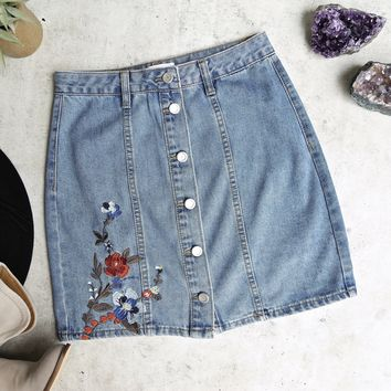 Final Sale - Blu Pepper - Button Up Embroidered Denim Skirt