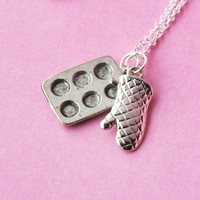 Muffin Pan and Oven Mitt  Baking Necklace by BabyLovesPink on Etsy