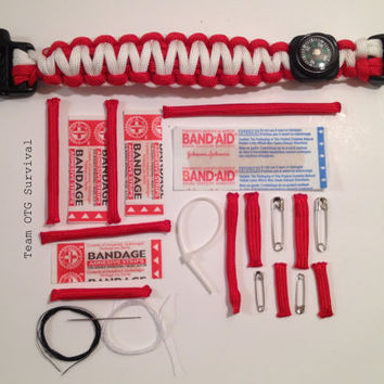 Emergency First Aid 550 Paracord Survival Bracelet
