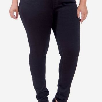 Anna Mid-Rise Pull-On Skinny in Black - Curve Fit