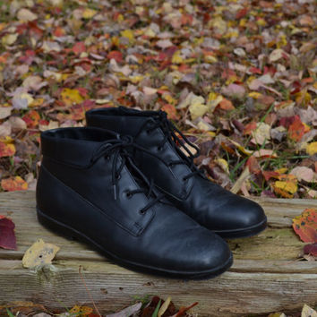 Vintage Black Ankle Boots Leather Boots Women's Black Boots Ankle Boots Granny Boots Size 8 M