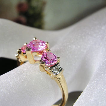 1970s LEER GEM LTD 10K Gold Pink Sapphire 3 Heart Ring with Diamond Accents – Size 7