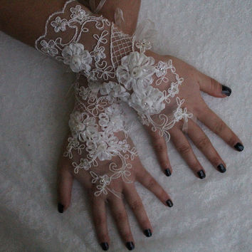 İvory Lace, Wedding Gloves Lace Gloves free ship, Rose goth gothic, unique gloves