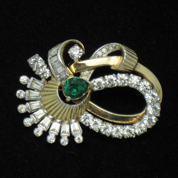 Gorgeous MAZER Vintage  Gold Plated Rhinestone Brooch Pin