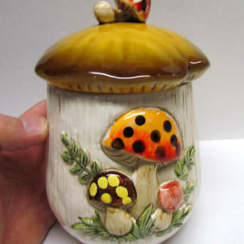 Vintage Ceramic Large Mushroom Jar Container / Canister / Cookie Jar