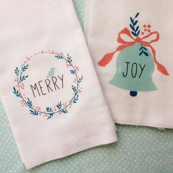 Holiday Kitchen Towel Set, Christmas Kitchen Flour Sack Tea Towels, Hostess Gift, Home Decor, Gift Set