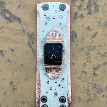 The Rockstar Apple Watch Band in White Hide w/Rose Gold Leather