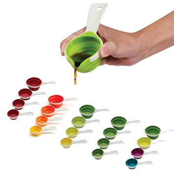 SleekStor Pinch + Pour Collapsible Measuring Cups