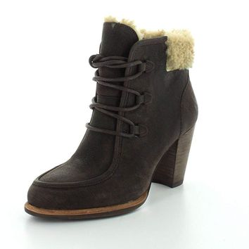 UGG Australia Womens Analise Boot