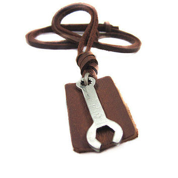 Jewelry leather necklace men necklace metal necklace chain necklace made of brown leather and alloy wrench feather necklace XL0703