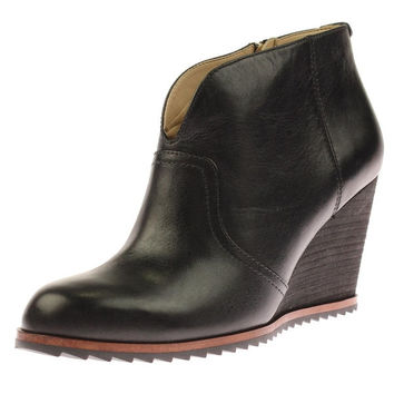 Dr. Scholl's Womens Inda Ankle Boots Leather Wedge | Overstock.com Shopping - The Best Deals on Boots