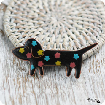 Animal brooch - Dachshund -handmade jewelry