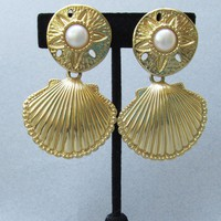 Kenneth Jay Lane for Avon 1992 ROYAL SEA Shell Big Vintage Earrings