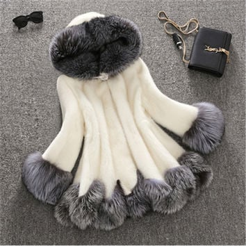 2016 3XL fashion faux fur coat women white gray with fur hat fur jacket winter jacket women Speaker sleeves woman coat 1400