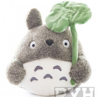 Studio Ghibli - My Neighbor Totoro with leaf - 4-Inch Plush