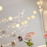 [Built in Auto Timer] 20LED Warm White Rose Flower Fairy String Lights 7.5 Feet Clear Cable Battery Powered for Valentine's, Wedding, Bedroom, Indoor Decoration