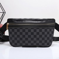 """Louis Vutitton"" Retro Casual Fashion Classic Multicolor Tartan Chest Bag Messenger Bag Men Waist Bag"