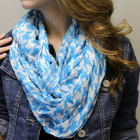 blue and white geometric pattern, infinity, Circle, loop scarf, circle scarf, fashion infinity scarf