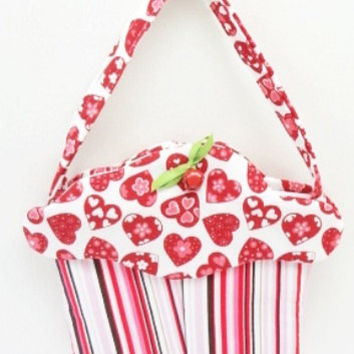 hearts cupcake purse fabric gift bag cloth treat bag CC# 93