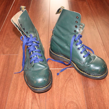 Green Doc Martens AirWair, Size 9-10 AU/US