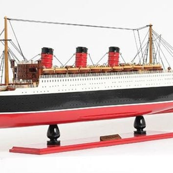 Queen Mary Hancrafted Cruise Ships Models