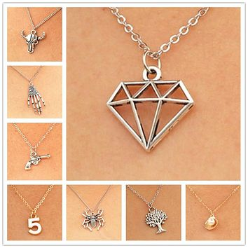 New Minimalist Punk Shell Peace Spider Skeleton Skull Gun Short Clavicle Chain Pendant Necklace for Women Jewelry Statement Gift