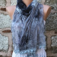 "ON SALE - Gray Scarf -  Cowl with Lace Edge ""Butterfly effect"""