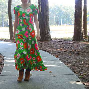 Vintage Green Dress Mod Floral 1960s / 1970s One-of-a-kind Extra Small Size Hippie Boho Maxie