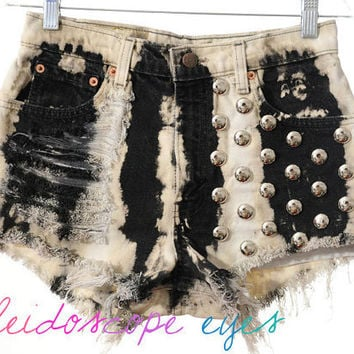 Vintage Levis Bold Bleached TIE DYE Denim Destroyed High Waist STUDDED Cut Off  Shorts S