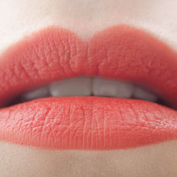 Punkin' : a bold, semi-matte, opaque, vegan, orange pumpkin lipstick
