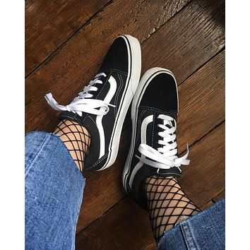 Black Vans Classics Old Skool Black Sneaker
