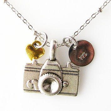 personalized camera necklace, initial love photograph necklace, bridesmaid gift, custom photographer gift camera jewelry photography jewelry