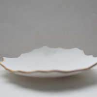 Stoneware fine bone china jewelry dish in white with mat gold rims - trinket dish - ring dish