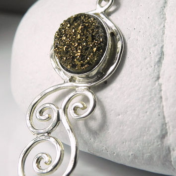 Druzy Necklace Drusy Pendant Swirls Necklace by FantaSeaJewelry