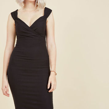 Lady Love Song Sheath Dress in Black