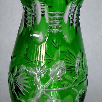 776021 Green Over Crystal Deep Cut Vase, 6 Oval Cuts At Top W/5