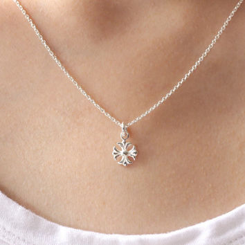 Silver Flower Necklace, Sterling Silver Flower Necklace, Fleur de lis Necklace, Flower Jewelry, Minimal necklace, Dainty necklace, Gift