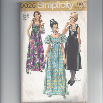 Simplicity 9025 Pattern for Misses' Evening Dress in 2 Lengths, Size 14, From 1970, Prom or Formal Dress, Classic 1970s Vintage Pattern