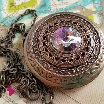 Brass Photo Locket, Fantasy Jewelry, Filigree Necklace, Ornate Locket, Mother's Day Gift, Magical Girl Locket, Bridesmaid Locket