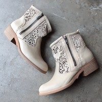 final sale - musse & cloud - ainhoa - eyelet bootie in sand