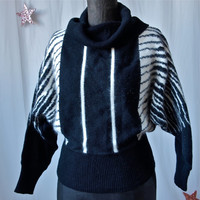 Vintage Sweater 80's Black and White Zebra Stripes Cowlneck Size Small