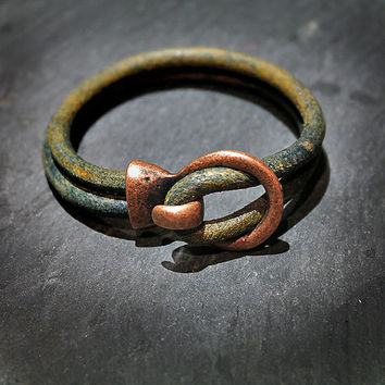 Green Rustic Leather Cuff Bracelet / Hook Bracelet / Genuine Leather / Leather Bangle / Silver Hook Clasp / Womens Bracelet / Gift / For Her