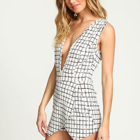 WHITE GRID PLUNGE ENVELOPE ROMPER