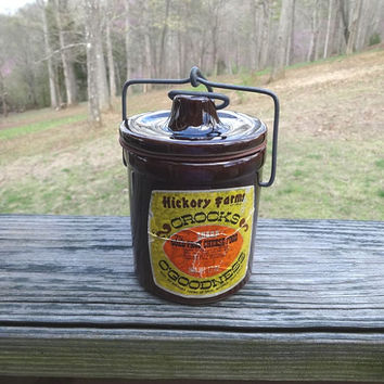 1970s Vintage Brown Hickory Farms Cheese Crock with Metal Bail & Clamp, Original Label, Rubber Gasket, Vintage Pottery Wares, Vintage Crock