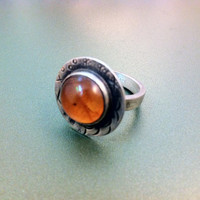 Cute sterling silver and amber ring handmade-fashion jewelry-artisan jewelry-greek art