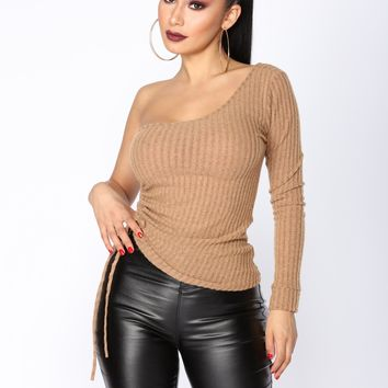 Janet One Shoulder Top - Rust
