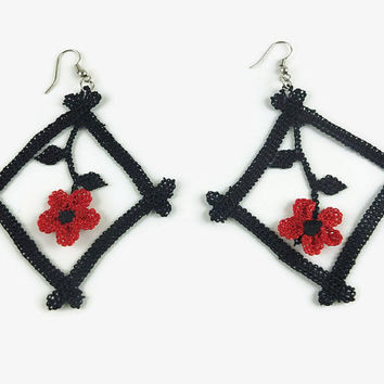 Statement Unique Tatted Lace Earrings, Black Square Red lace crochet Earrings, Turkish Needlework Oya , Knit Crochet Floral Jewelry