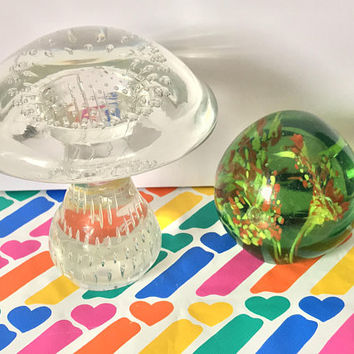 1960s Vintage Groovy Glass Mushroom Paperweight / Mid Century Modern Italian Glass Art Decor / Large Venetian Murano Mushroom Paperweight