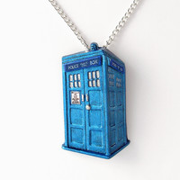 Metallic Blue Tardis Pendant And Ne.. on Luulla